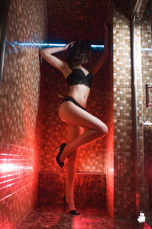 1 24 - Расписание мастеров салона эротического массажа Premier Spa