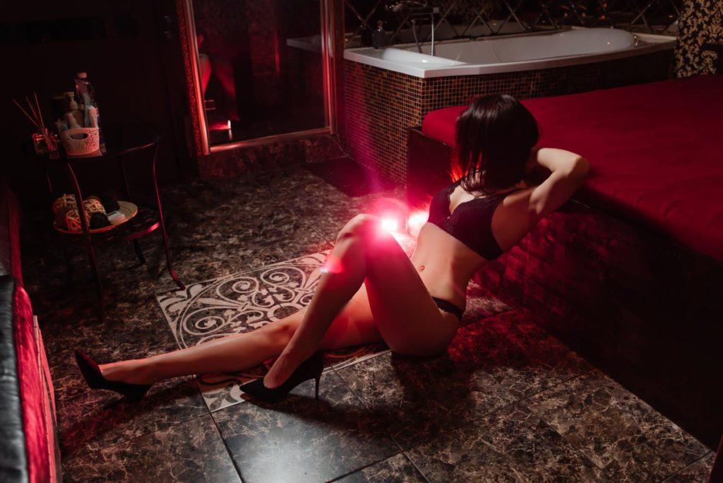 мастер эротического массажа в Нижнем Новгороде фото