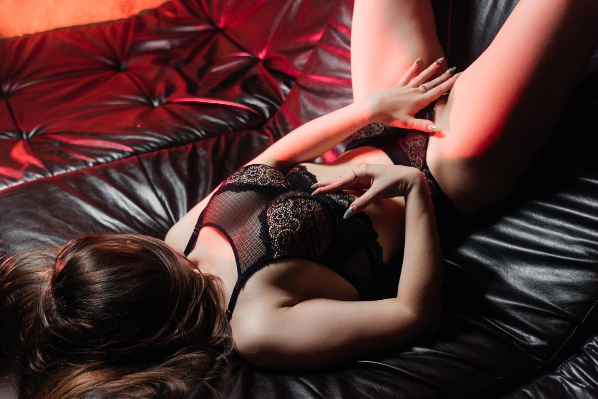3 56 - Расписание мастеров салона эротического массажа Premier Spa