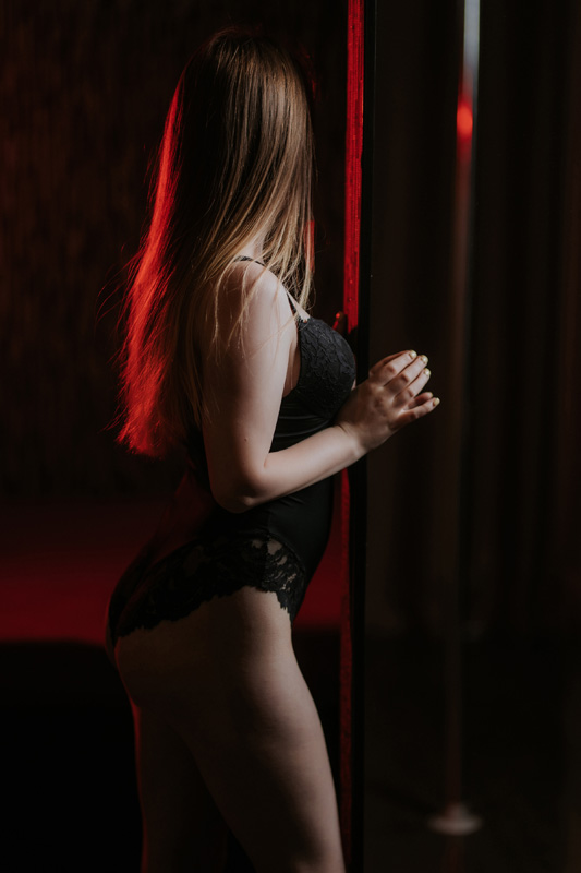 9P2A2804 - Расписание мастеров салона эротического массажа Premier Spa