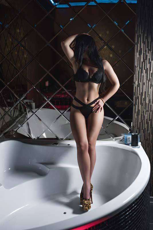 Foto 11 - Расписание мастеров салона эротического массажа Premier Spa