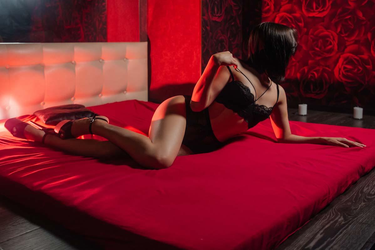 Foto 20 - Расписание мастеров салона эротического массажа Premier Spa
